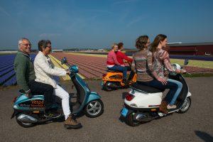 Ontdek de Bollenstreek met een Vespa Scooter vanuit Noordwijk